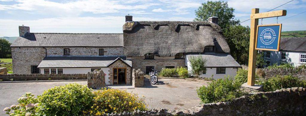 The Old House 1147 – Wales Oldest Pub | Restaurant | Wedding venue
